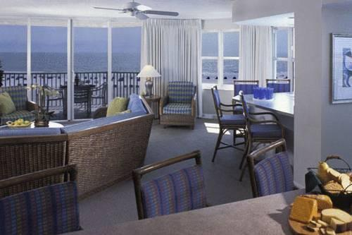 Gullwing Beach Resort In Fort Myers