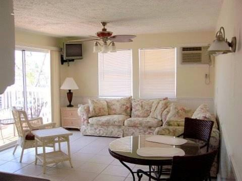 The Beacon Beachfront Bed And Breakfast In Fort Myers Beach Florida