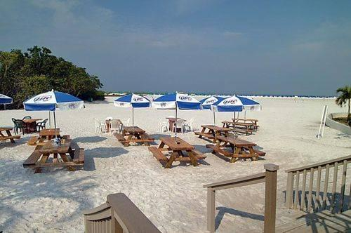 Fort Myers Beach Rentals With Pool